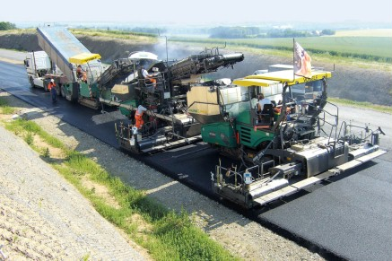 "A perfectly even, highly durable asphalt pavement: the result of VÖGELE's ""hot-to-hot"" paving process."